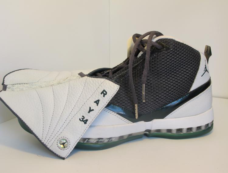 d10423d88a96 Air Jordan 16 (XVI) Ray Allen Player Exclusive