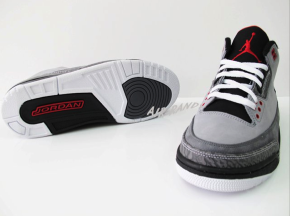Air Jordan Retro 3 - Stealth (6)
