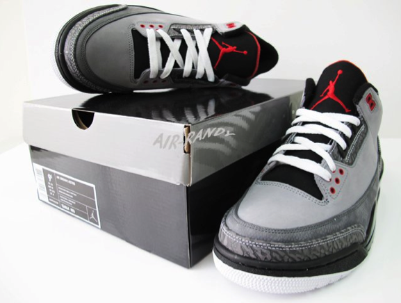 Air Jordan Retro 3 - Stealth (3)