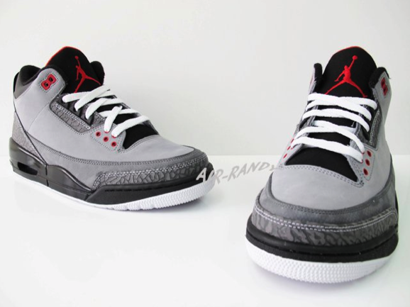 Air Jordan Retro 3 - Stealth (2)