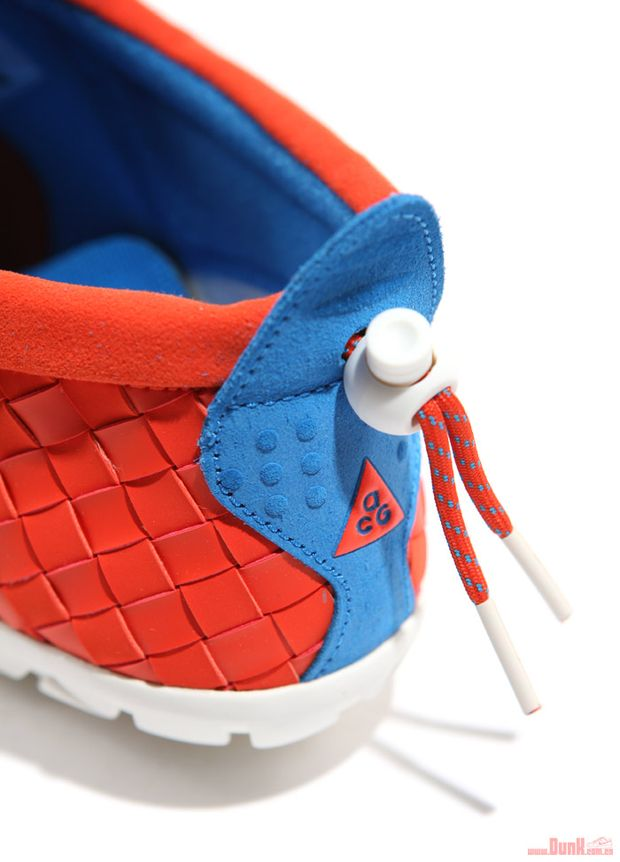 Nike-ACG-Air-Moc-LT-Team-Orange-Photo-Blue (1)