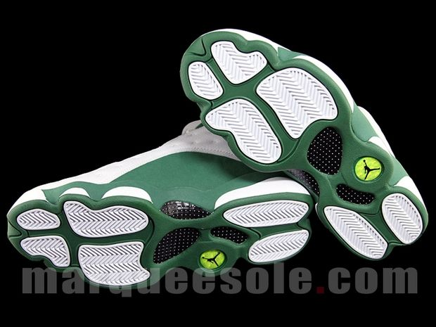 Air Jordan 13 Ray Allen 3 Point Boston Home PE (1)