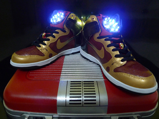quite nice fa4c7 9550f Customizer Jfield Yeo took things to another level by creating an Iron Man  Dunk high ...