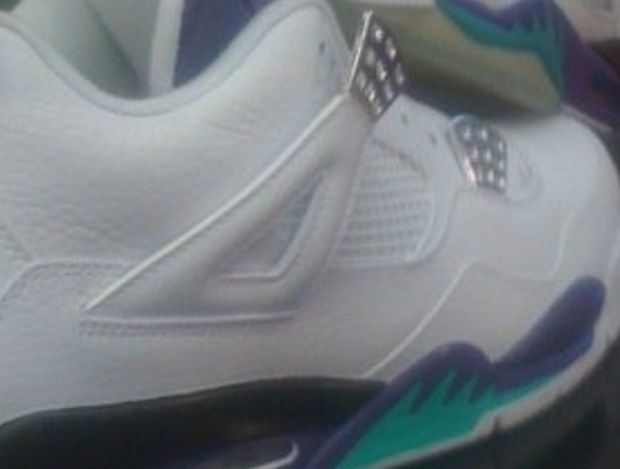 Air Jordan IV Grape (1)