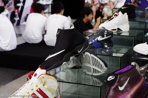 Long 7 Hoop China Sneaker Event (39)