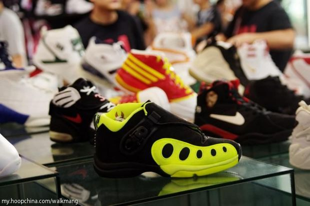 Long 7 Hoop China Sneaker Event (20)