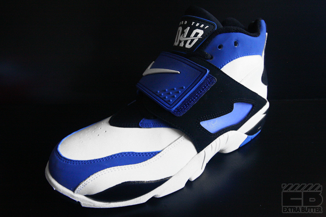 Nike Air Diamond Turf White Black Royal Blue (2)