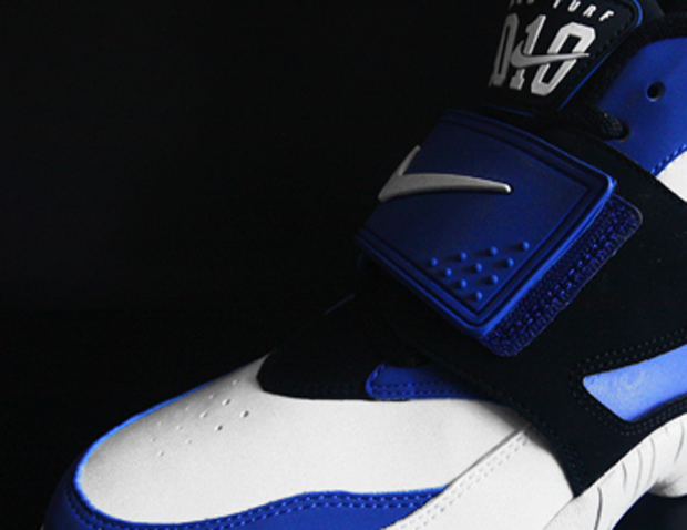 Nike Air Diamond Turf White Black Royal Blue (1)