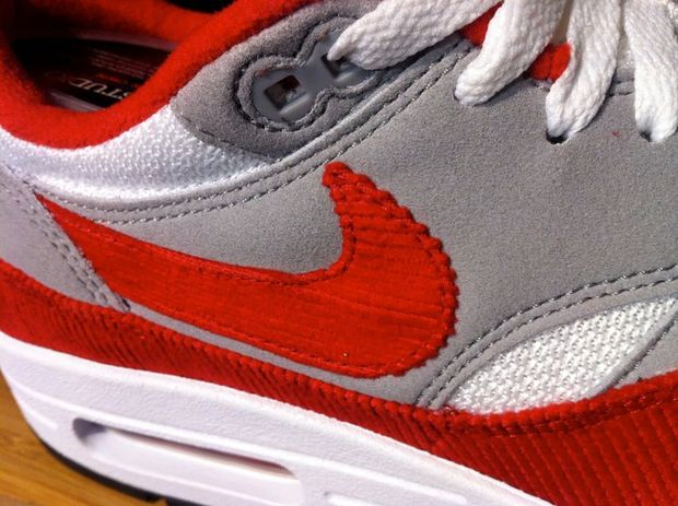 watch 5c93c 8f4e5 Nike iD Air Max 1 OG Red   White - Grey Corduroy
