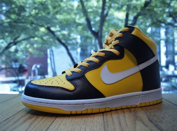Nike Dunk High Yellow Black White (2)