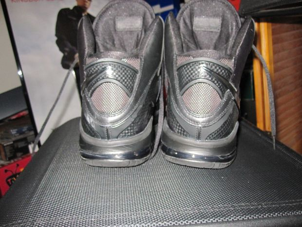 Nike Lebron 8 V1 Blackout Player Exclusive (4)