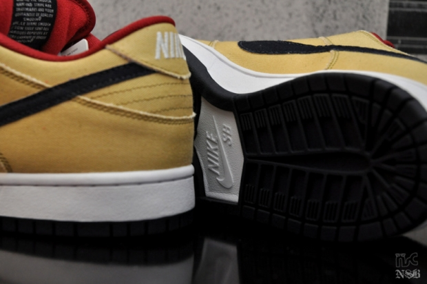 Nike SB Gold Dust Dunk Low (3)
