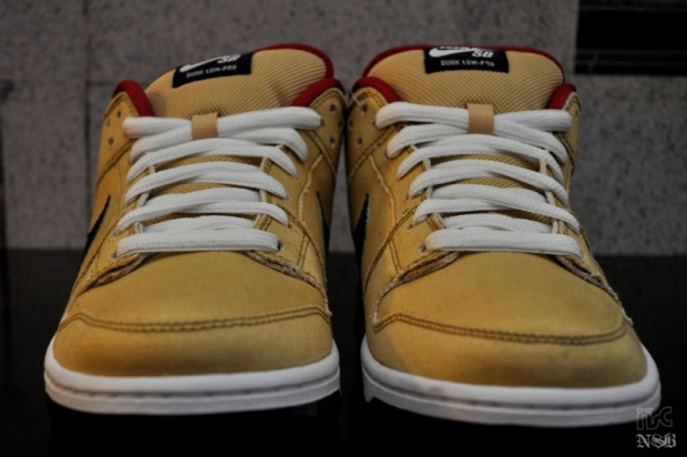 Nike SB Gold Dust Dunk Low (5)
