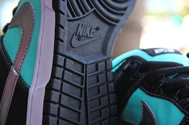 Nike SB Dunk Low Tiffany Sample (2)