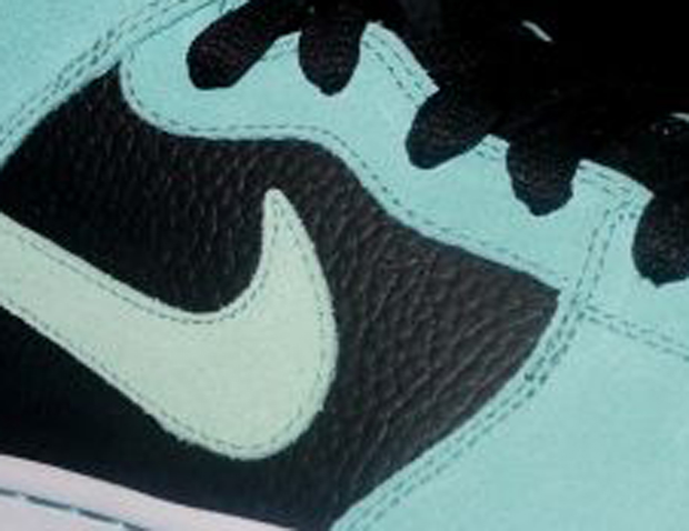 Nike SB Dunk Tiffany Mid (1)