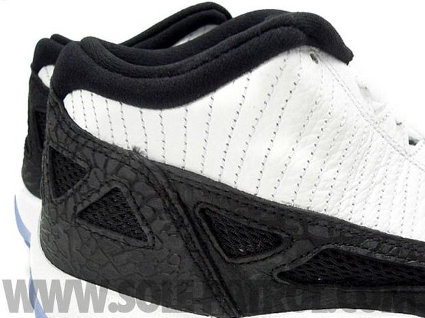 Air Jordan 11 Low White / Black - Metallic Silver (7)