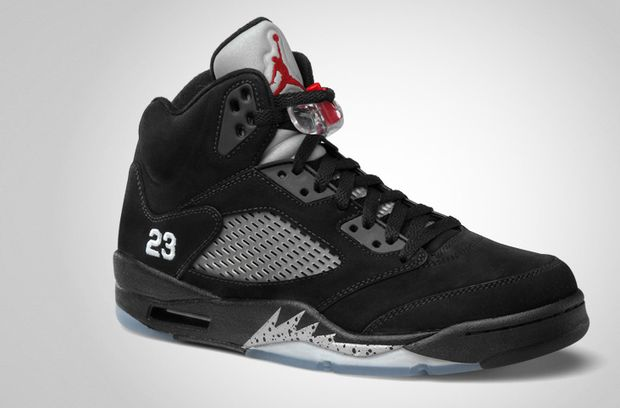 the best attitude 11a2d 1b91a Release Reminder  Air Jordan 5 Retro Black   Metallic Silver