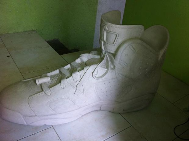 air-jordan-6-fiber-glass-sculpture (5)