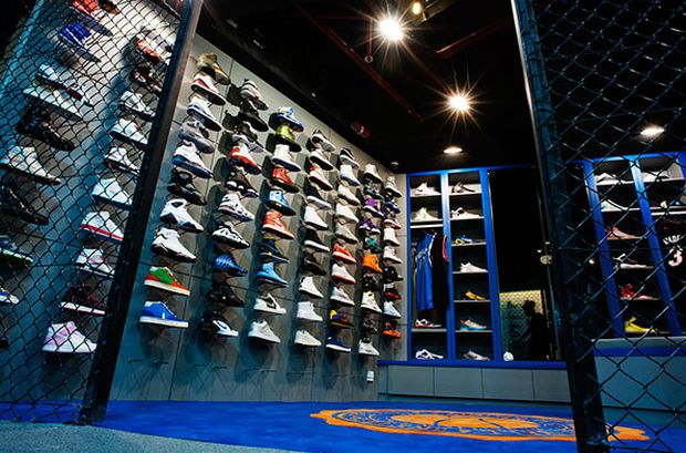 limited-edt-sneaker-store-singapore (4)
