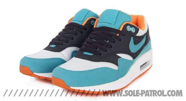 nike-air-max-1-gridirion-blue-orange-white (5)