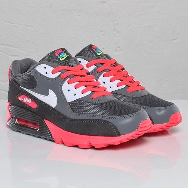 nike-air-max-90-metallic-grey-solar-red (2)