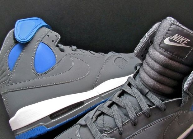nike-air-pr1-dark-grey-varsity-royal (1)