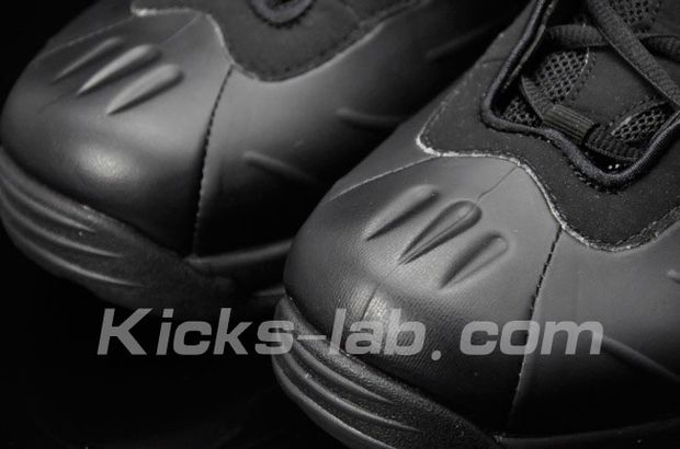 Nike Air Total Foamposite Max Black (5)