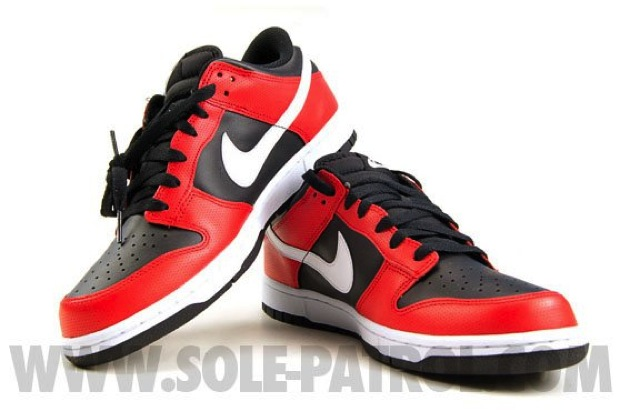 Nike Dunk Low Black/Red (2)