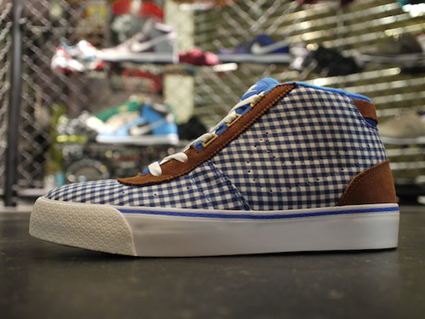 Nike WMNS Hachi Checkered (2)