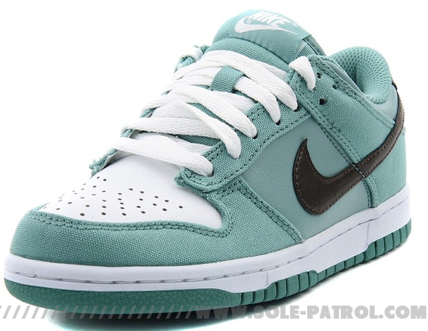 Nike WMNS Dunk Low CL (1)