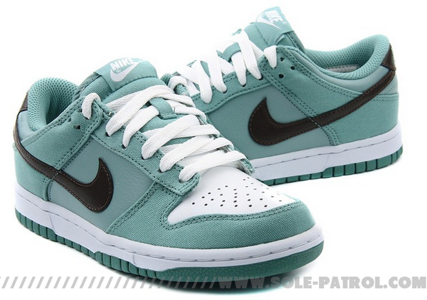 Nike WMNS Dunk Low CL (2)