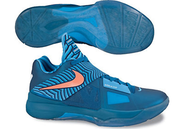 Nike Zoom KD IV On Foot (2)