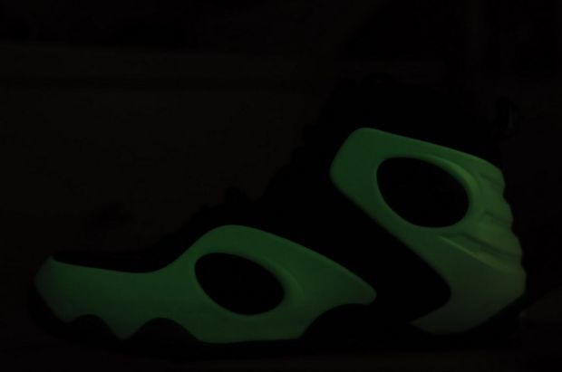 Nike Zoom Rookie Glow in the Dark (1)