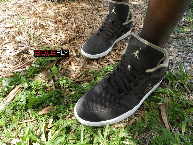 air-jordan-1-phat-low-velvet-brown-khaki (2)