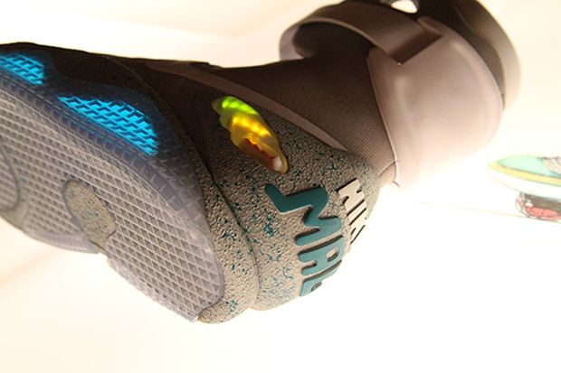 nike-air-mag-marty-mcfly-2015 (2)