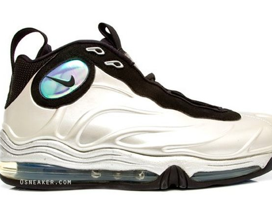 nike-air-total-foamposite-max-metallic-silver (7)