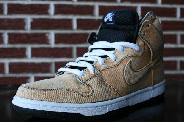 nike-sb-dunk-high-bleached-denim (1)