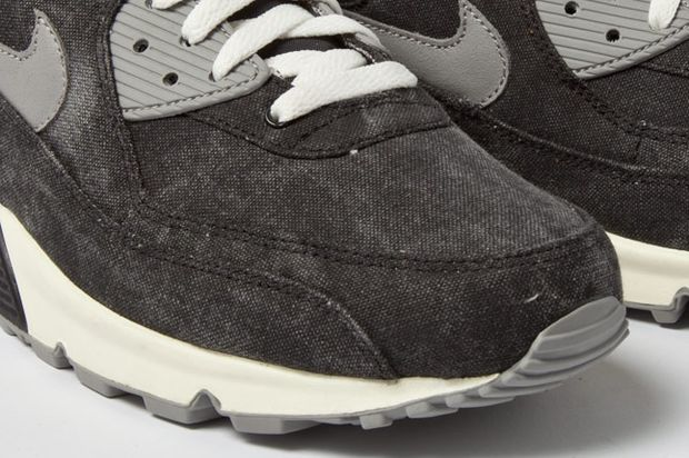 new style 296f5 64420 Nike Air Max 90 Black Canvas