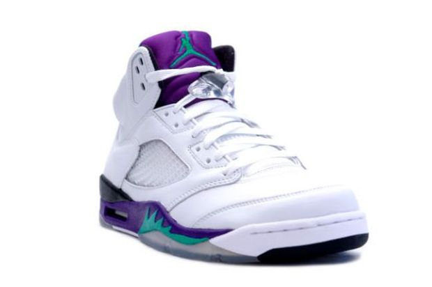 "949d62af94a296 Air Jordan 5 Retro LS ""Grape"" Available"