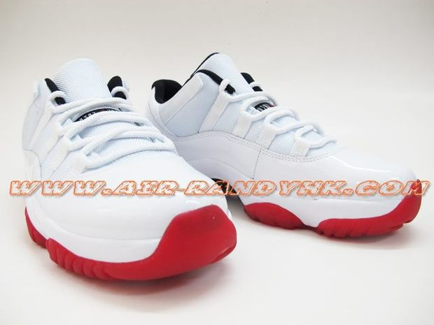 air-jordan-11-low-white-varsity-red-black (2)