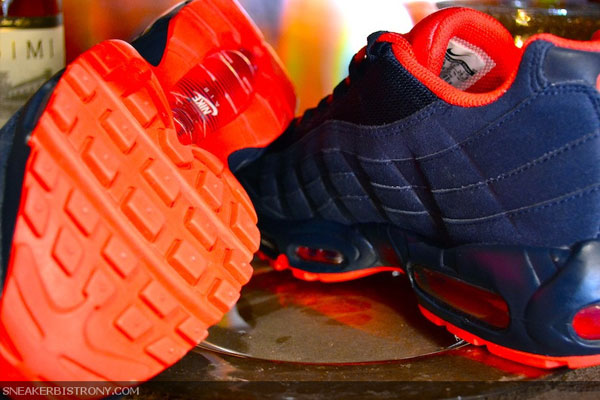 Nike Air Max 95 Obsidian Action Red