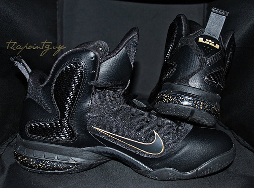 all black lebron 9
