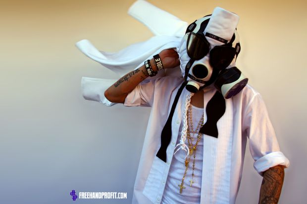 air-jordan-11-concord-gas-mask (1)