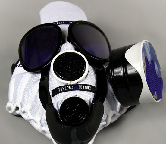 air-jordan-11-concord-gas-mask (6)