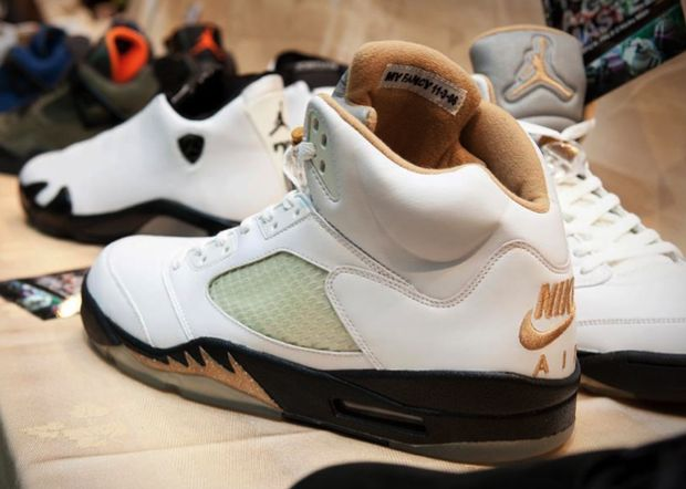 air-jordan-5-whit-gold (2)