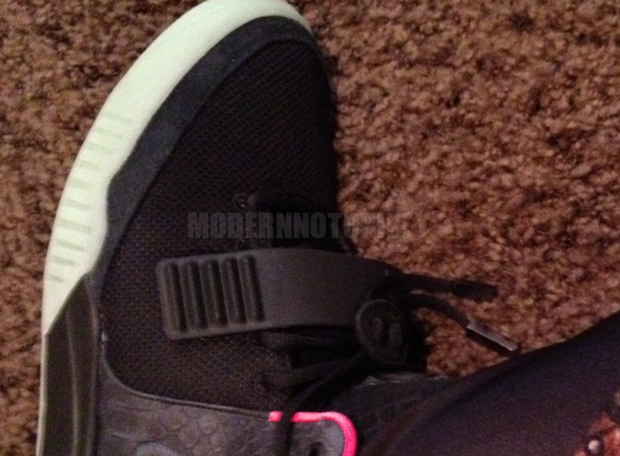 nike-air-yeezy-2-black-pink (4)