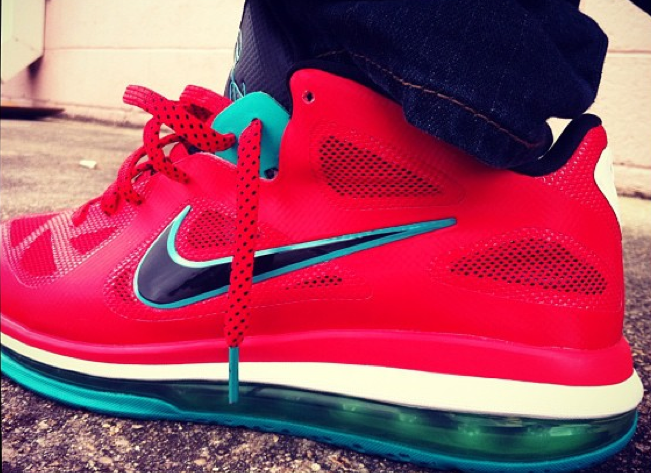nike-lebron-9-low-bright-red-turquoise (1)