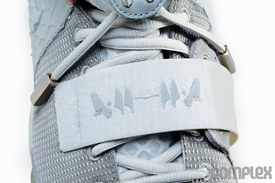 Nike Air Yeezy 2 Wolf Grey - Pure Platinum (4)
