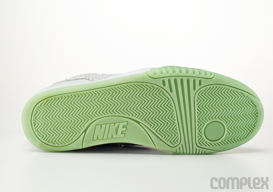Nike Air Yeezy 2 Wolf Grey - Pure Platinum (2)
