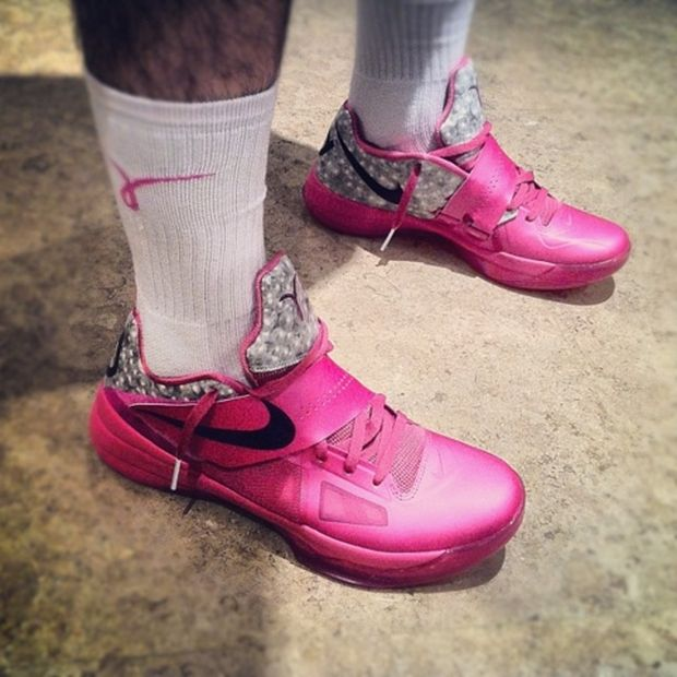 Nike Zoom KD IV – 'Aunt Pearl' – Detailed Images